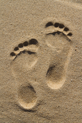 Single footprints in sand